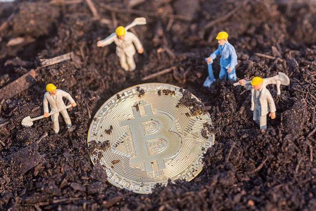 现在投资比特币晚不晚?新手该选择何种方式,炒币还是挖矿?插图(2)