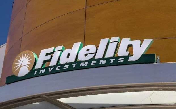 今天,我推荐fidelity数字资产研究部主任,帮助您了解主流金融机构增加比特币头寸的原因