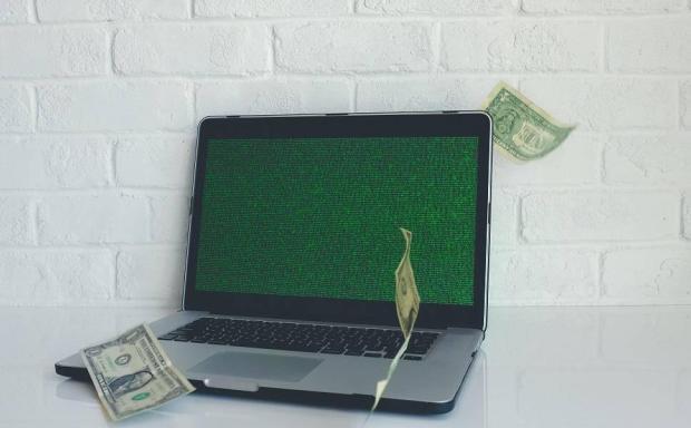 平均每月攻击一次,涉及1.2亿美元。2020年,WiFi将攻占市场