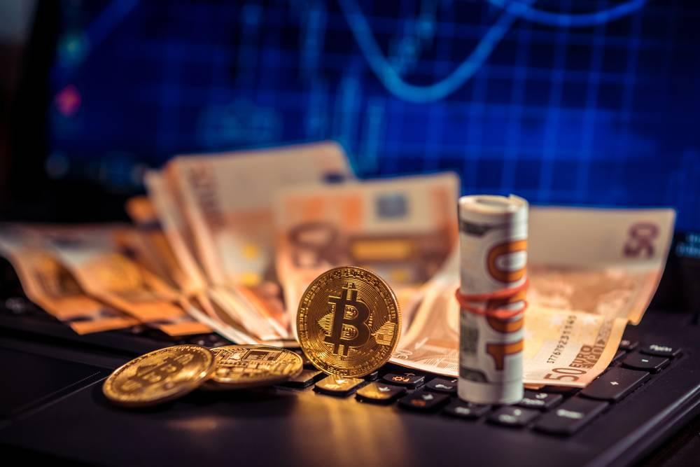 币世界-GBTC溢价变折价, 比特币 价格走势依旧低迷?