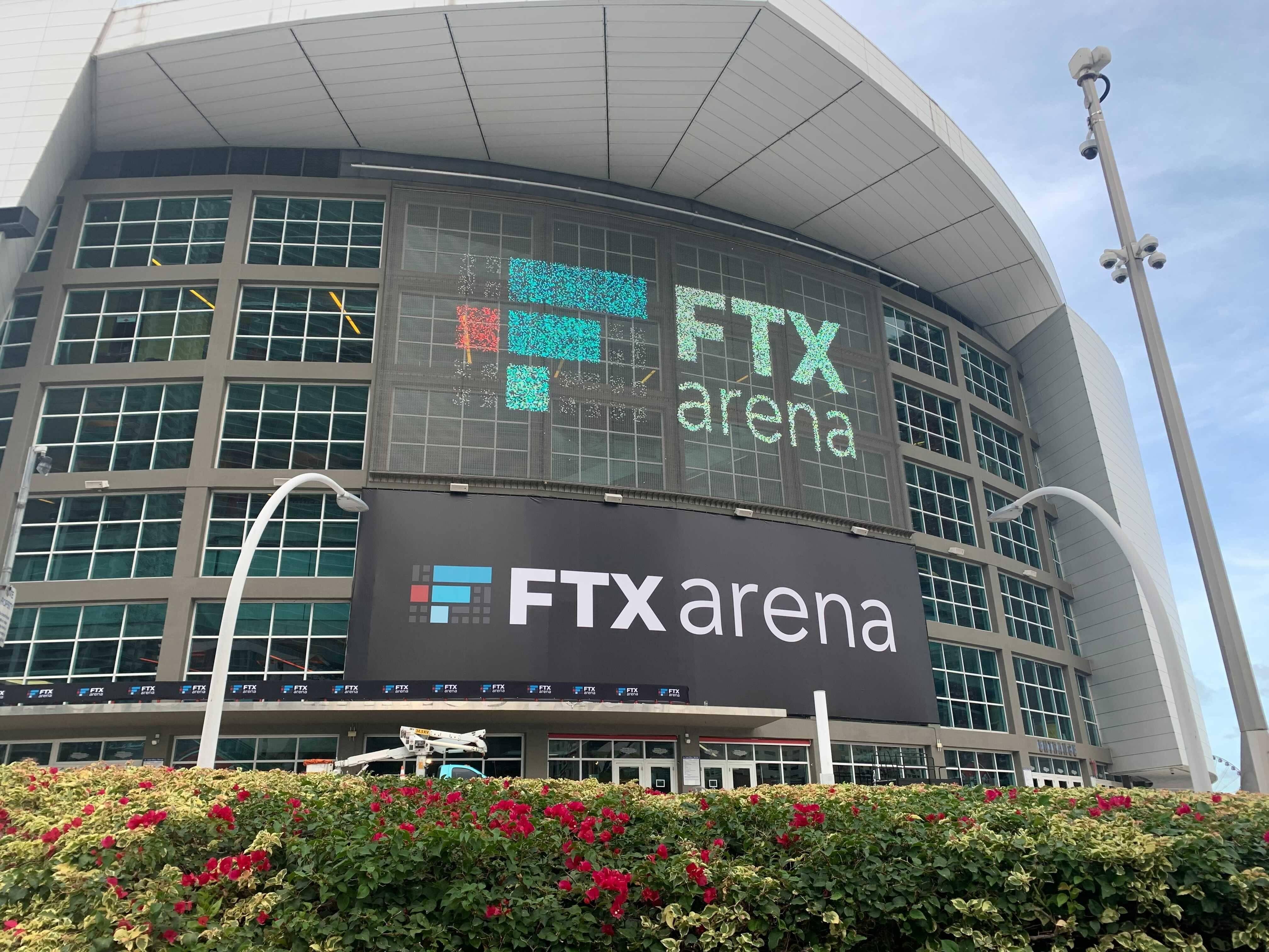 """电竞战队""""TSM FTX""""冠名影片出炉,NBA库里也转发!"""
