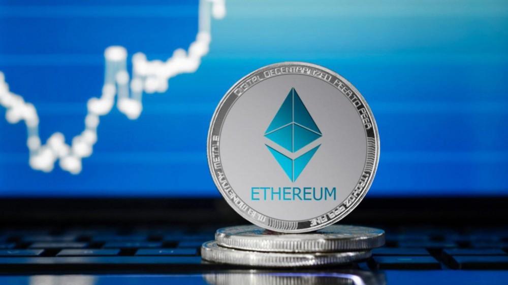 """一笔价值 9.8 亿美元以太坊从 Coinbase 流出,CryptoQuant 首席执行官认为是 """"机构场外交易"""""""